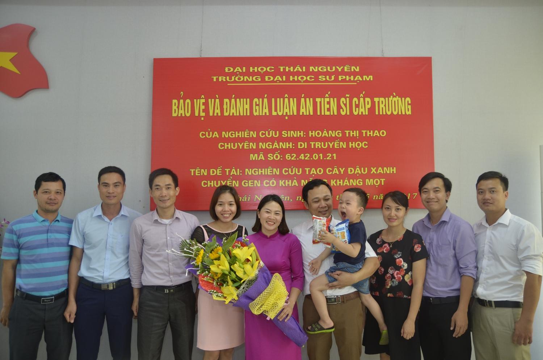 Nghiên cứu sinh Hoàng Thị Thao bảo vệ thành công luận án tiến sĩ